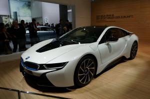 1280px-BMW_i8_IAA_2013_04